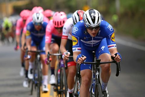 Land vehicle, Cycling, Cycle sport, Bicycle helmet, Road cycling, Vehicle, Bicycle racing, Sports, Road bicycle racing, Cycling shorts,
