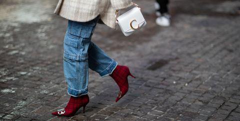 2ea459f51e Cómo llevar bien un bolso blanco? - El bolso blanco es el ...