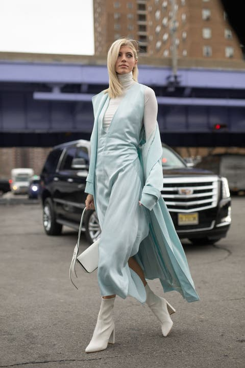 Street fashion, White, Clothing, Fashion, Fashion model, Dress, Footwear, Snapshot, Outerwear, Haute couture,