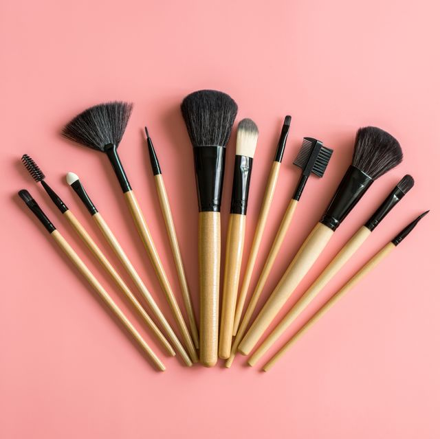 13 Best Makeup Brushes For Beginners 2021