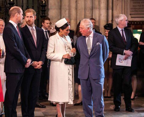Британия меган, герцогиня сассекская 2r переговоры с британским принцем карлом, принцем уэльским r, британский принц уильям, герцог кембриджский, 4l переговоры с британским принцем гарри, герцогом сассекским, 5l и британская камилла, герцогиня корнуолл 2l переговоры с британцами , герцогиня Кембриджская, 31, поскольку все они присутствуют на службе в день содружества в вестминстерском аббатстве в Лондоне 11 марта 2019 г. Ежегодное межконфессиональное собрание в Соединенном Королевстве фото Ричарда Пола Пул AFP Фото кредит следует прочитать Ричард Похлифп через getty images