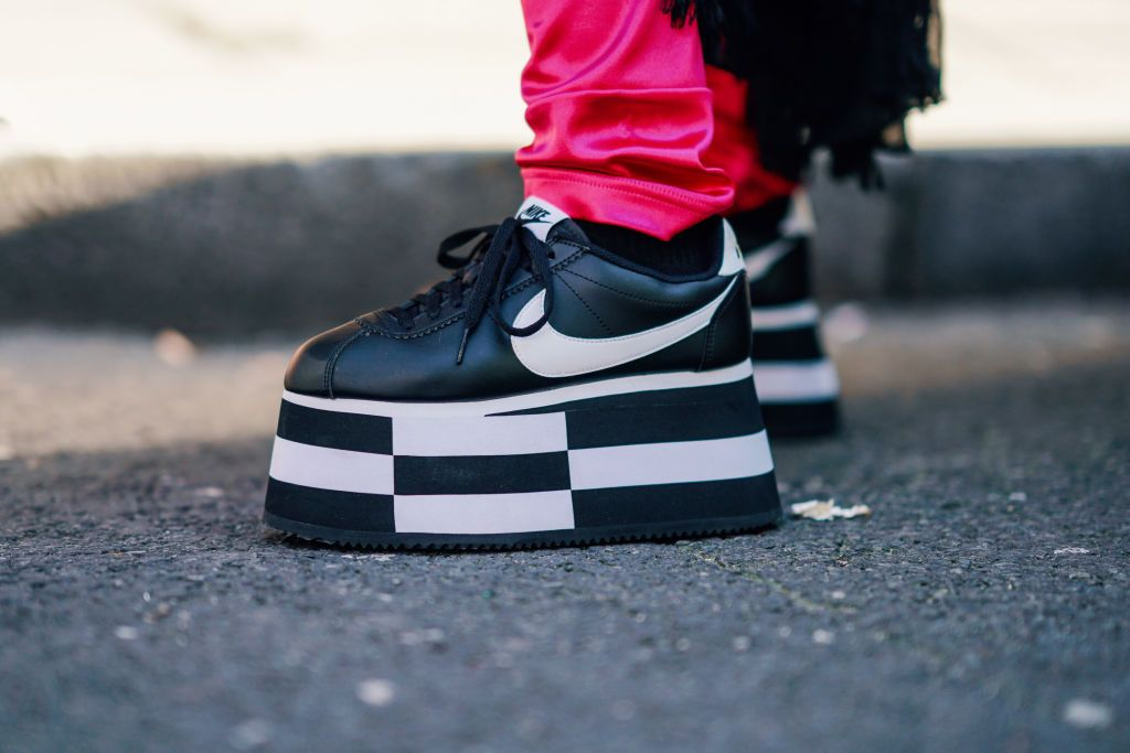 chunky-sneakers-london-fashion-week-street-style