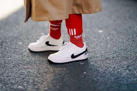 848269e5634a85 Reseller: come fare soldi vendendo sneakers Nike o Adidas