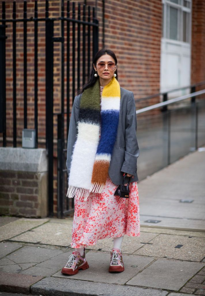 chunky-sneakers-street-style-lfw