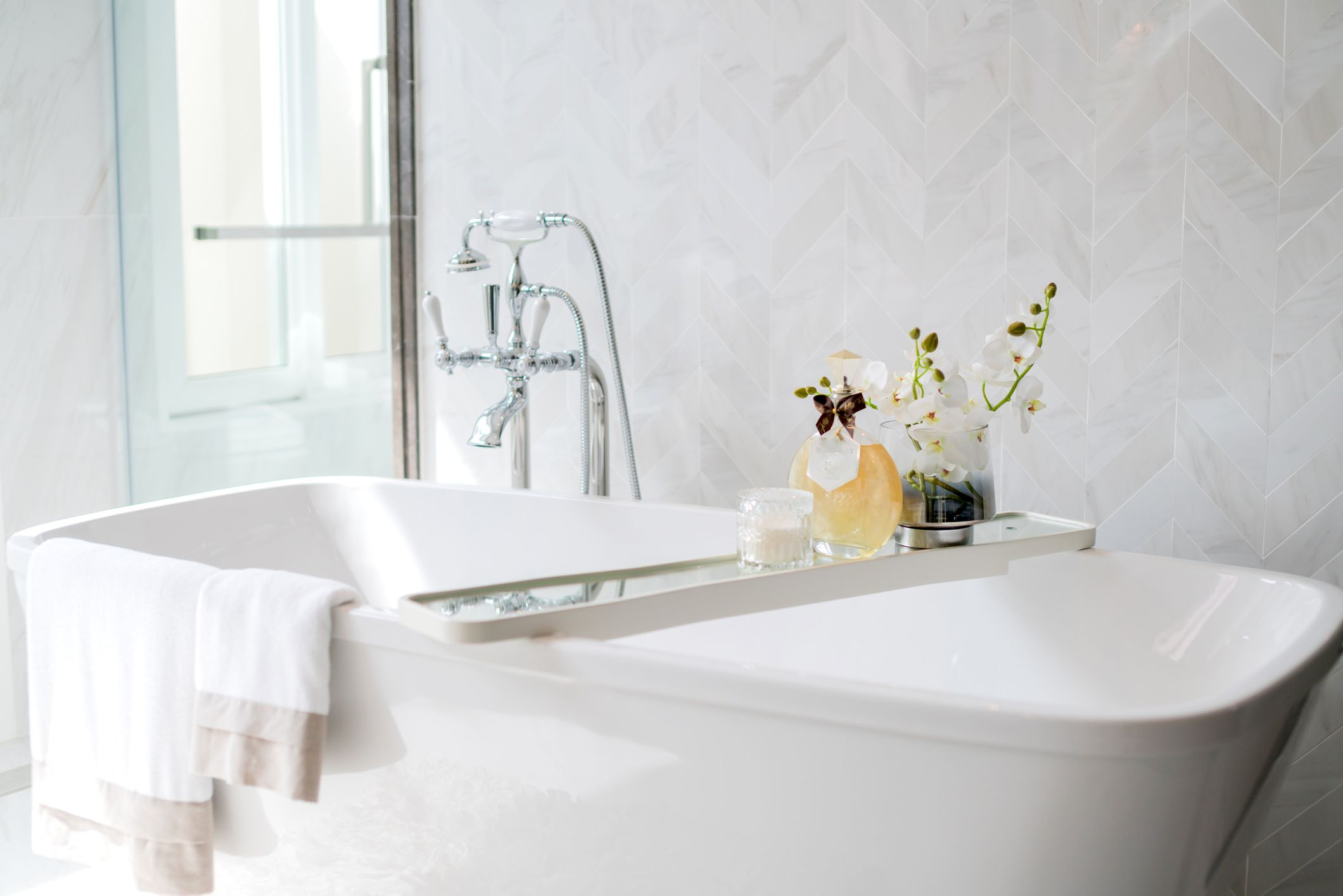 4 Best Essential Oils For The Bath