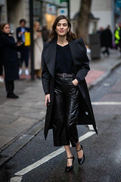 Clothing, Street fashion, Fashion, Coat, Fashion model, Outerwear, Snapshot, Overcoat, Footwear, Leather,