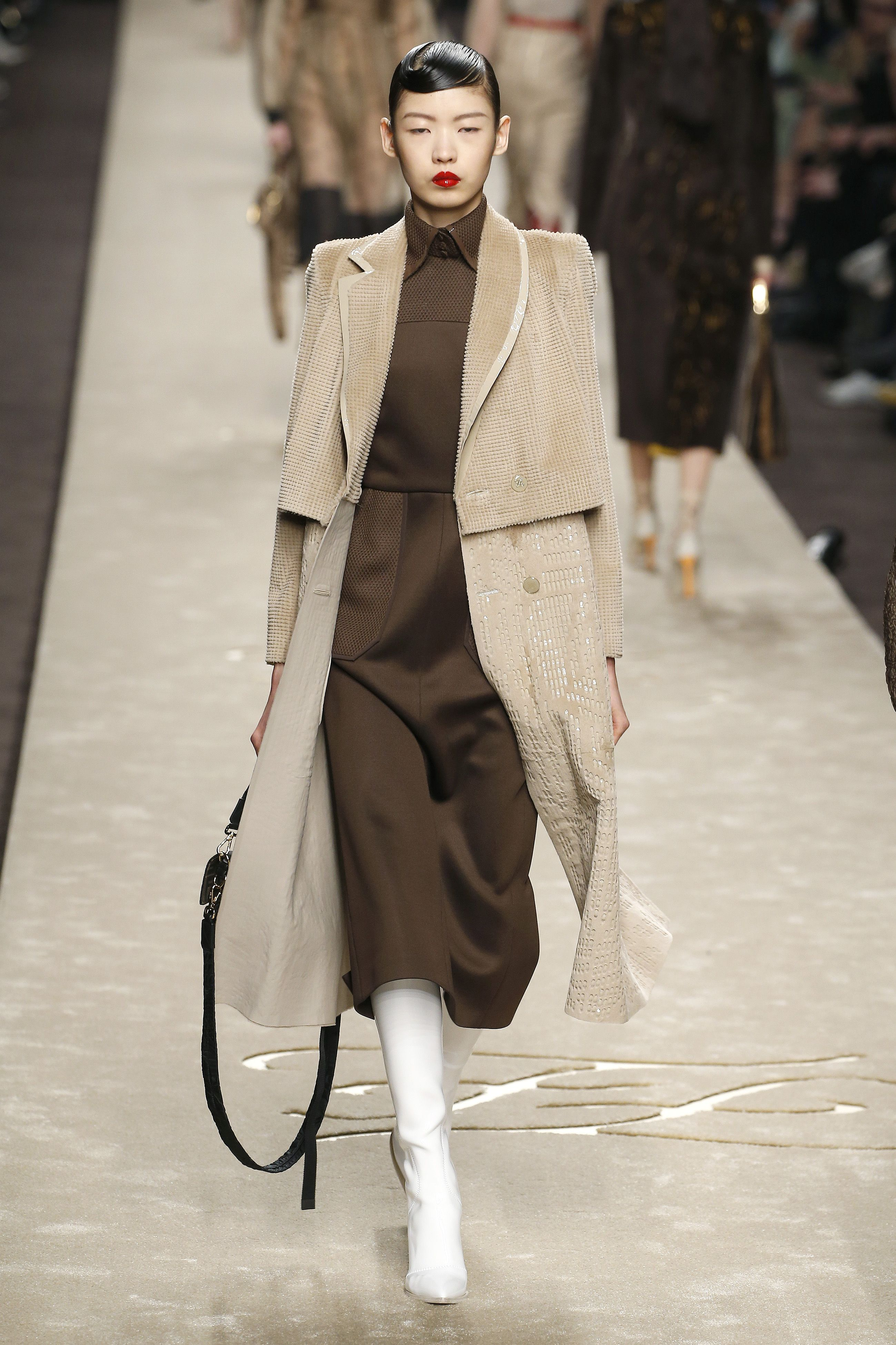 ac58132b50aa See Karl Lagerfeld s Final Collection for Fendi Fall Winter 2019