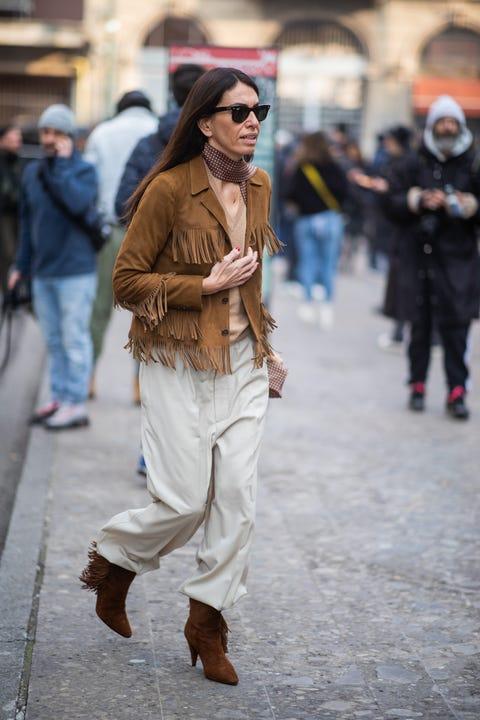 Street fashion, White, Photograph, Fashion, People, Clothing, Jeans, Snapshot, Eyewear, Fur,