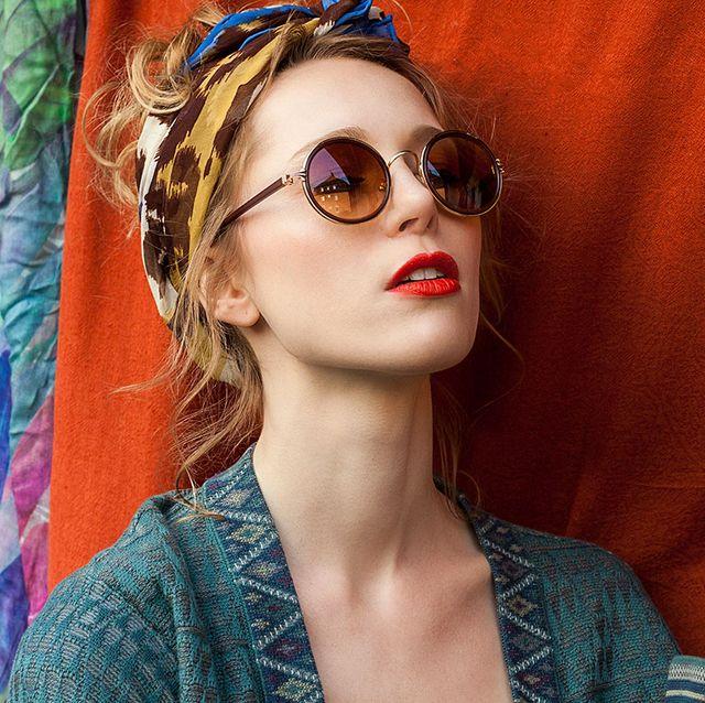 Eyewear, Hair, Face, Glasses, Lip, Beauty, Head, Cool, Sunglasses, Fashion,