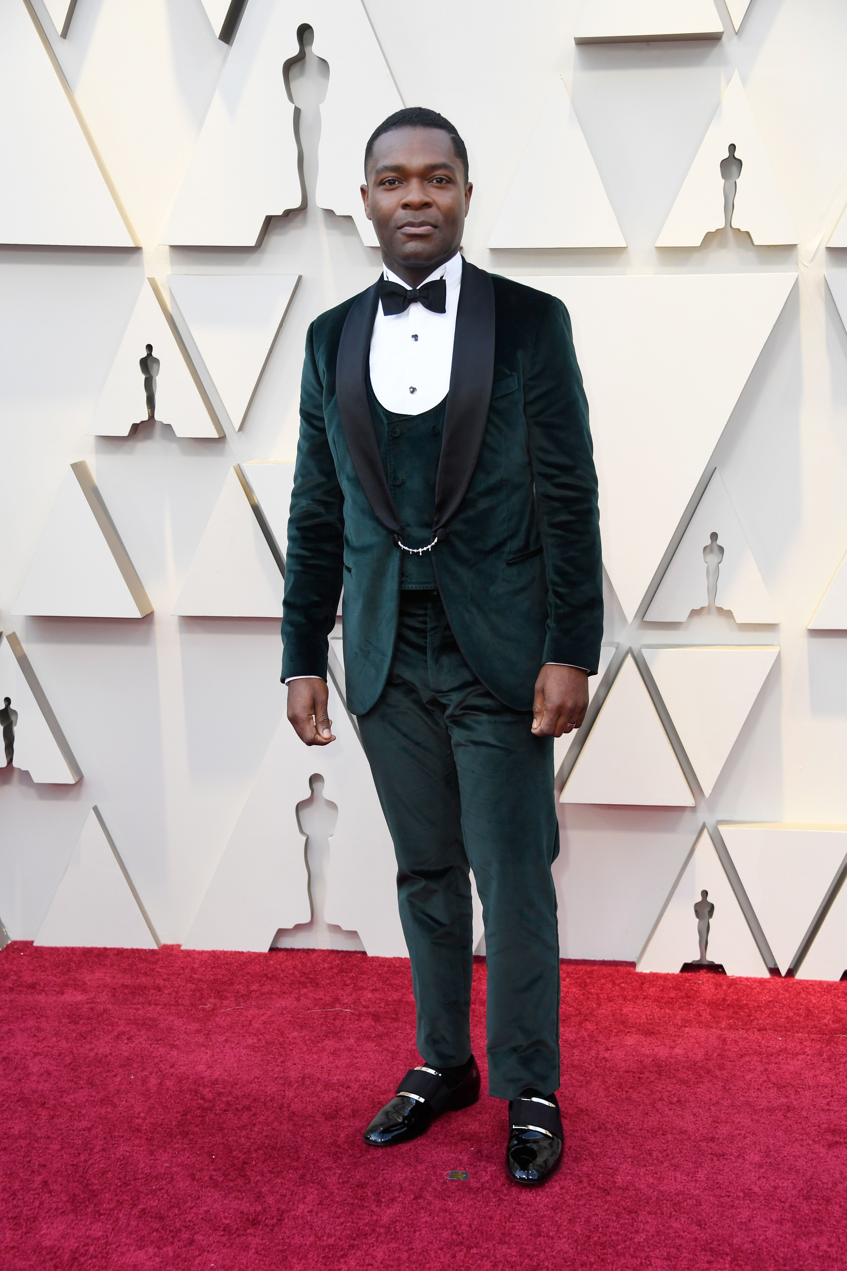 cde413cfa00 All The Best-Dressed Men From The Oscars 2019