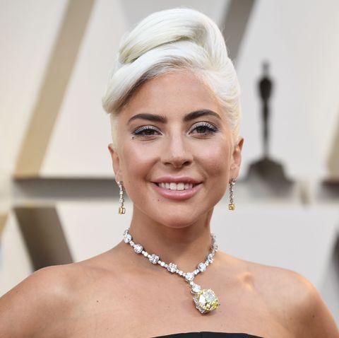 08f5ada00 Lady Gaga Wears the Tiffany Diamond to the Oscars - Lady Gaga Oscars ...
