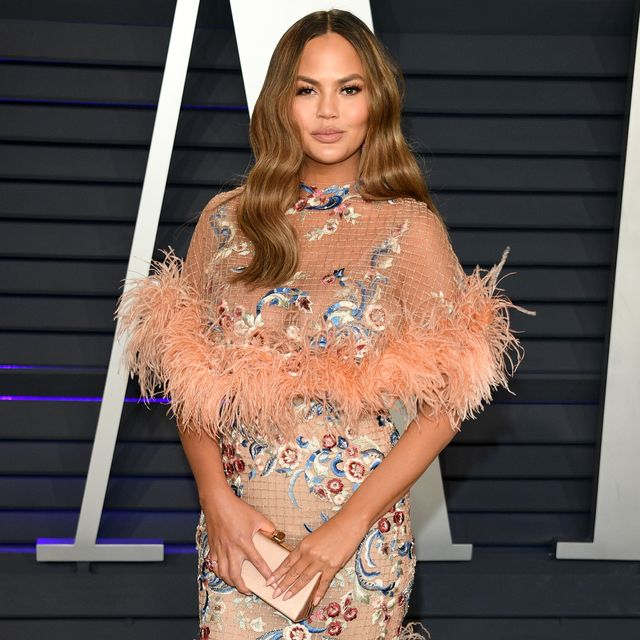 beverly hills, california   february 24 christine teigen attends 2019 vanity fair oscar party hosted by radhika jones   at wallis annenberg center for the performing arts on february 24, 2019 in beverly hills, california photo by daniele venturelliwireimage