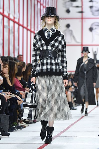 Fashion show, Runway, Fashion, Tartan, Fashion model, Clothing, Plaid, Pattern, Street fashion, Design,