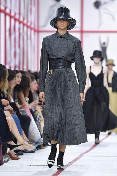 Fashion show, Runway, Fashion, Fashion model, Clothing, Waist, Dress, Street fashion, Haute couture, Footwear,