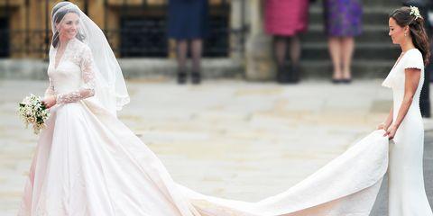 Wedding dress, Dress, Clothing, Gown, Bridal clothing, Veil, Bride, Bridal accessory, Fashion, Tradition,