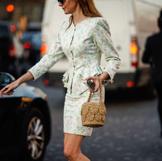 Street fashion, White, Clothing, Fashion, Snapshot, Dress, Leg, Outerwear, Waist, Street,