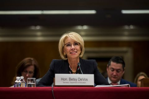 5 Reasons Why Trump Pick Betsy Devos Is >> Betsy Devos Pitches Another School Voucher Shell Game