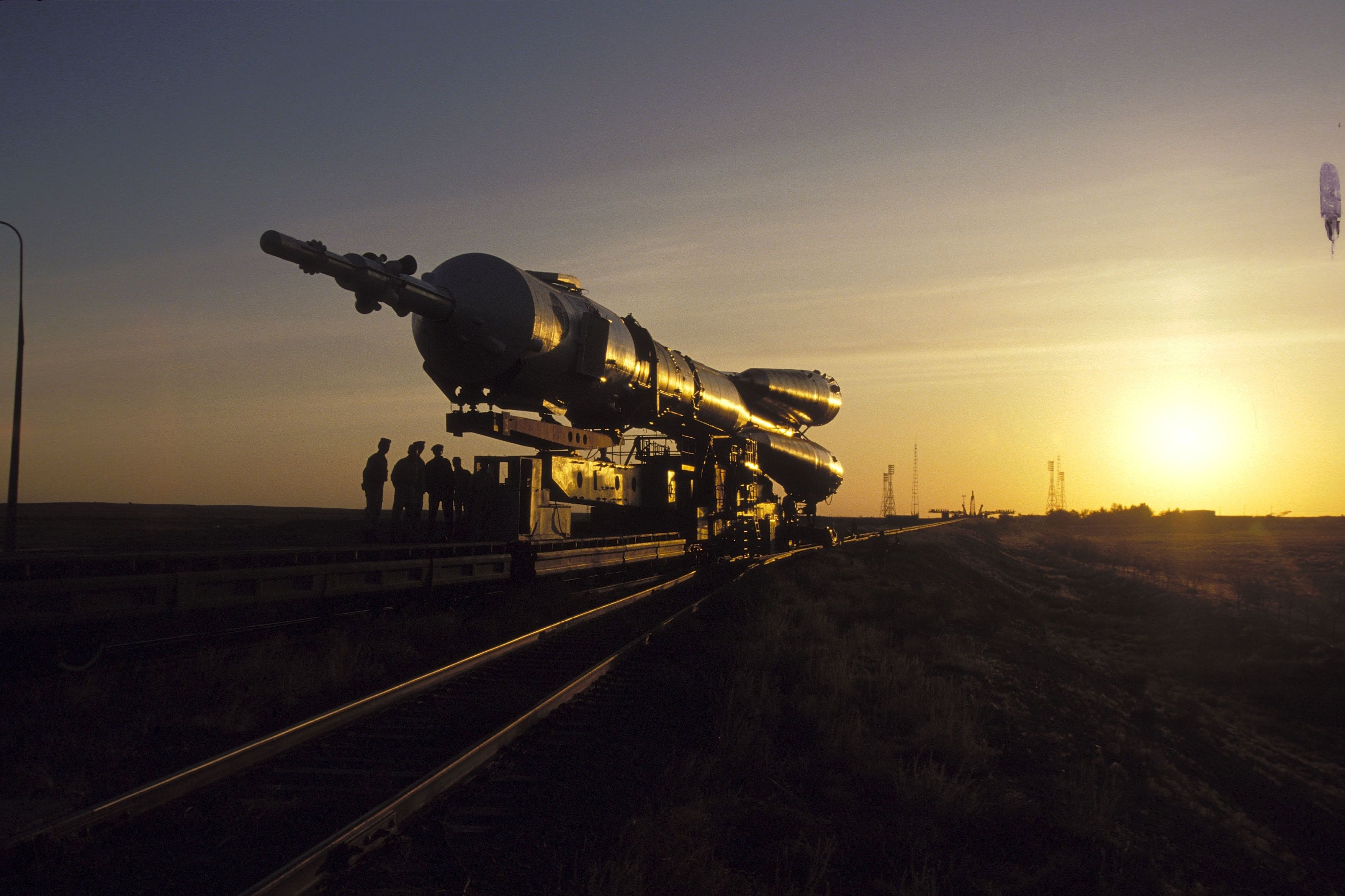 Russia Is Now Working on a Super Heavy Rocket of Its Own
