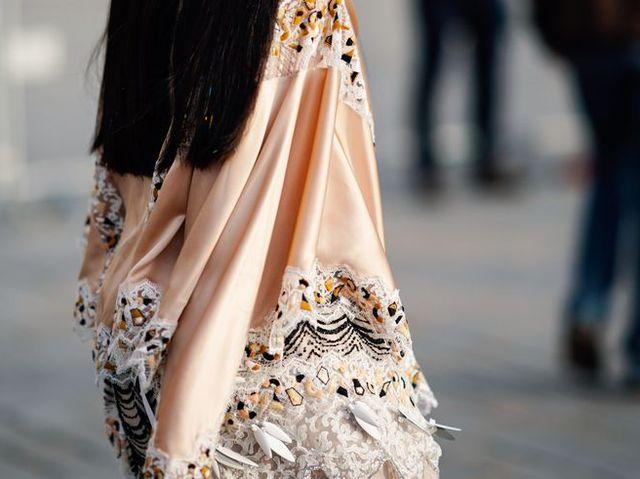 Street fashion, Fashion, Dress, Footwear, Fashion accessory, Shoe,