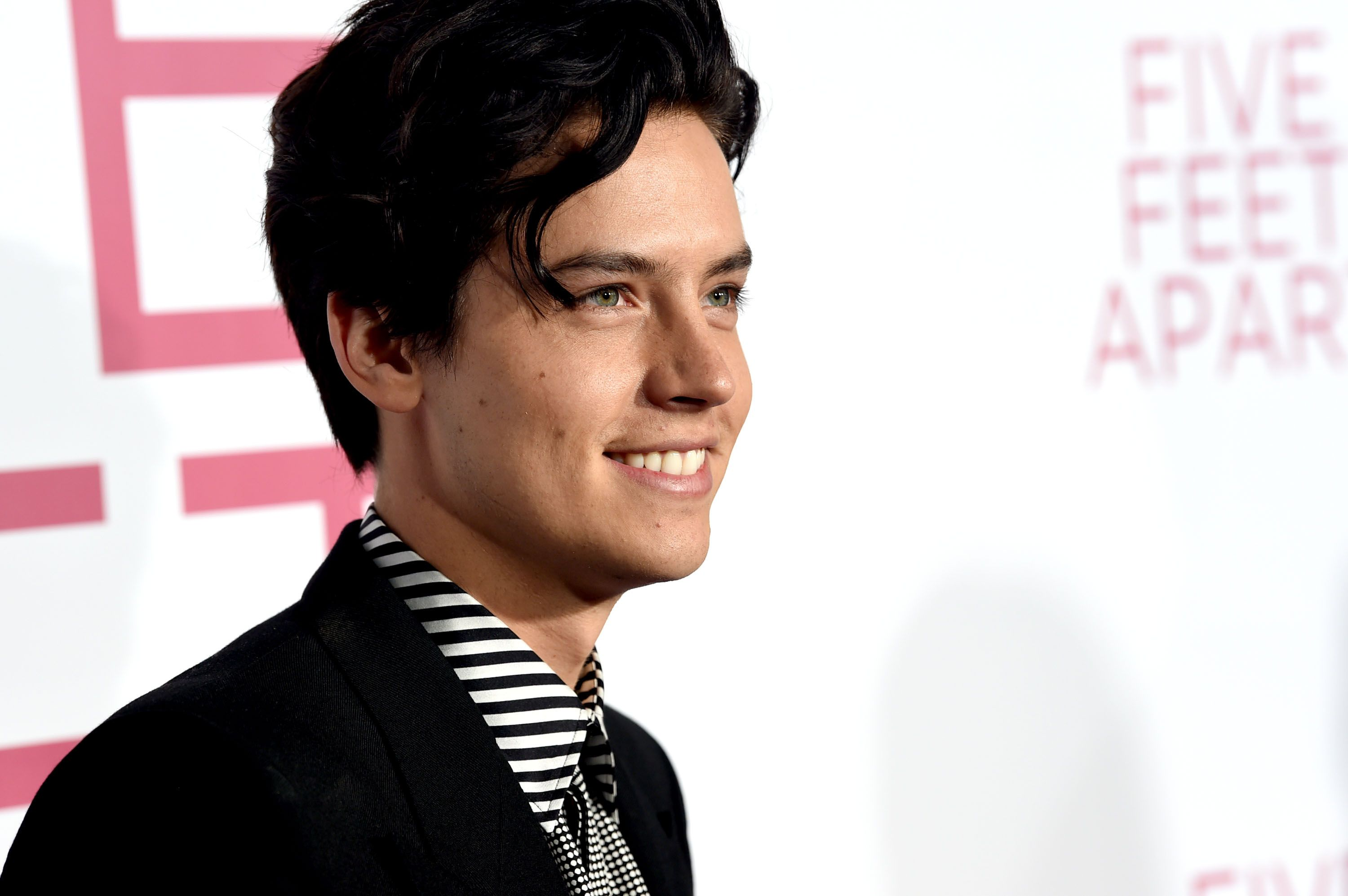 How To Get Five Feet Apart Star Cole Sprouse S Cool Hairstyle