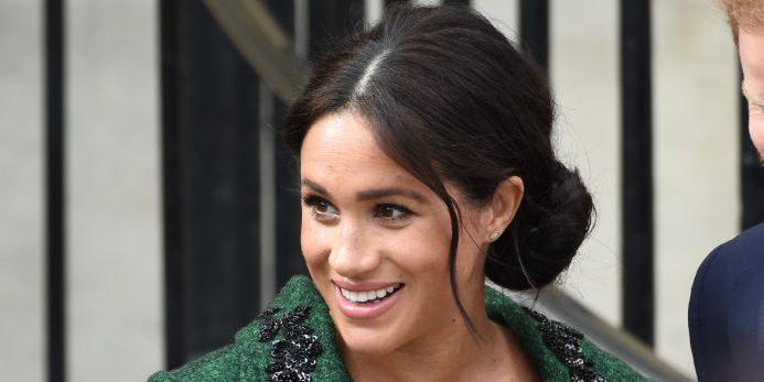 Meghan Markle Steps Out Without Her Engagement Ring