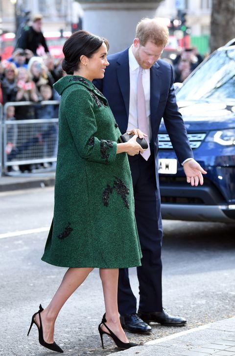 梅根王妃的「皇室寶寶名」變成一場超大賭局!因為這3個原因,英國人表示這場賭注太難玩!