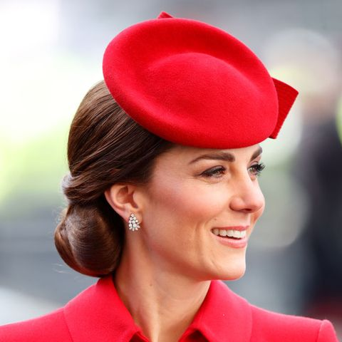 Kate Middleton updo ideas for short hair