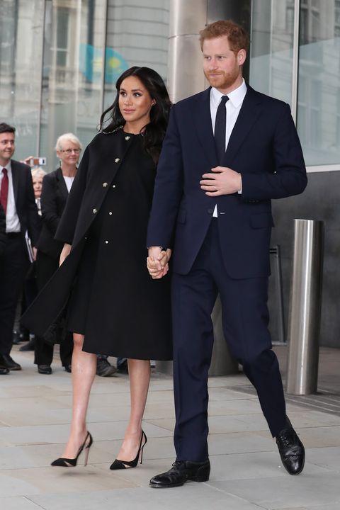 皇室情侶穿搭