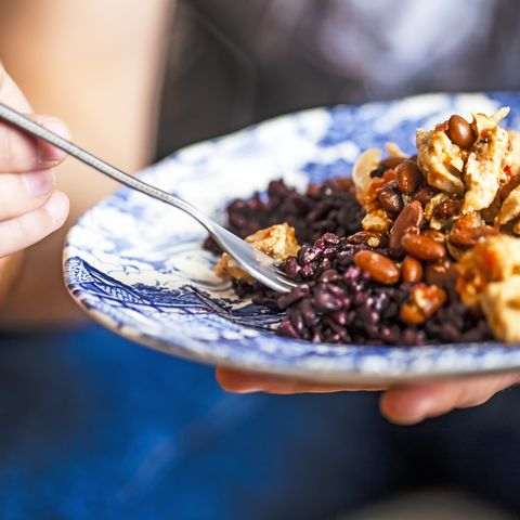 chicken meat with pinto beans and black rice
