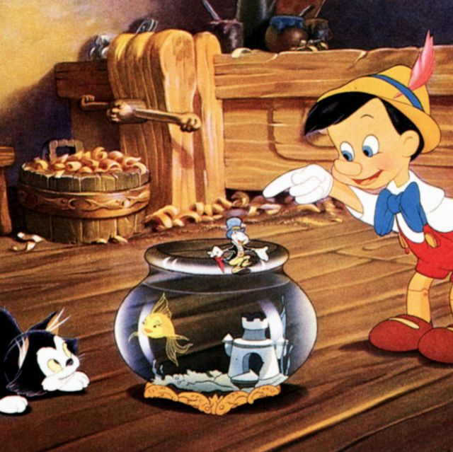 pinocchio, lobbycard, from left figaro, cleo the fish, jiminy cricket, , 1940 photo by lmpc via getty images