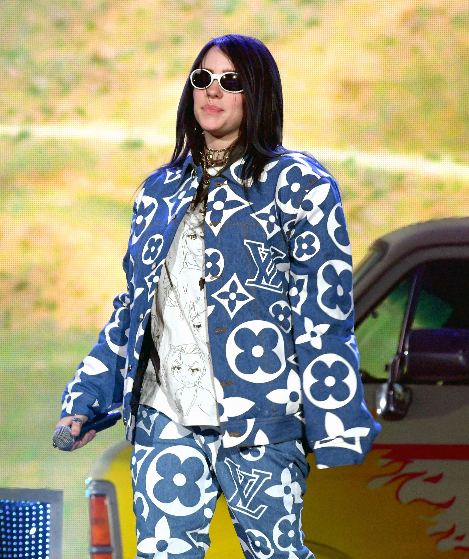 How To Get Billie Eilish S Style Billie Eilish Fashion Tips