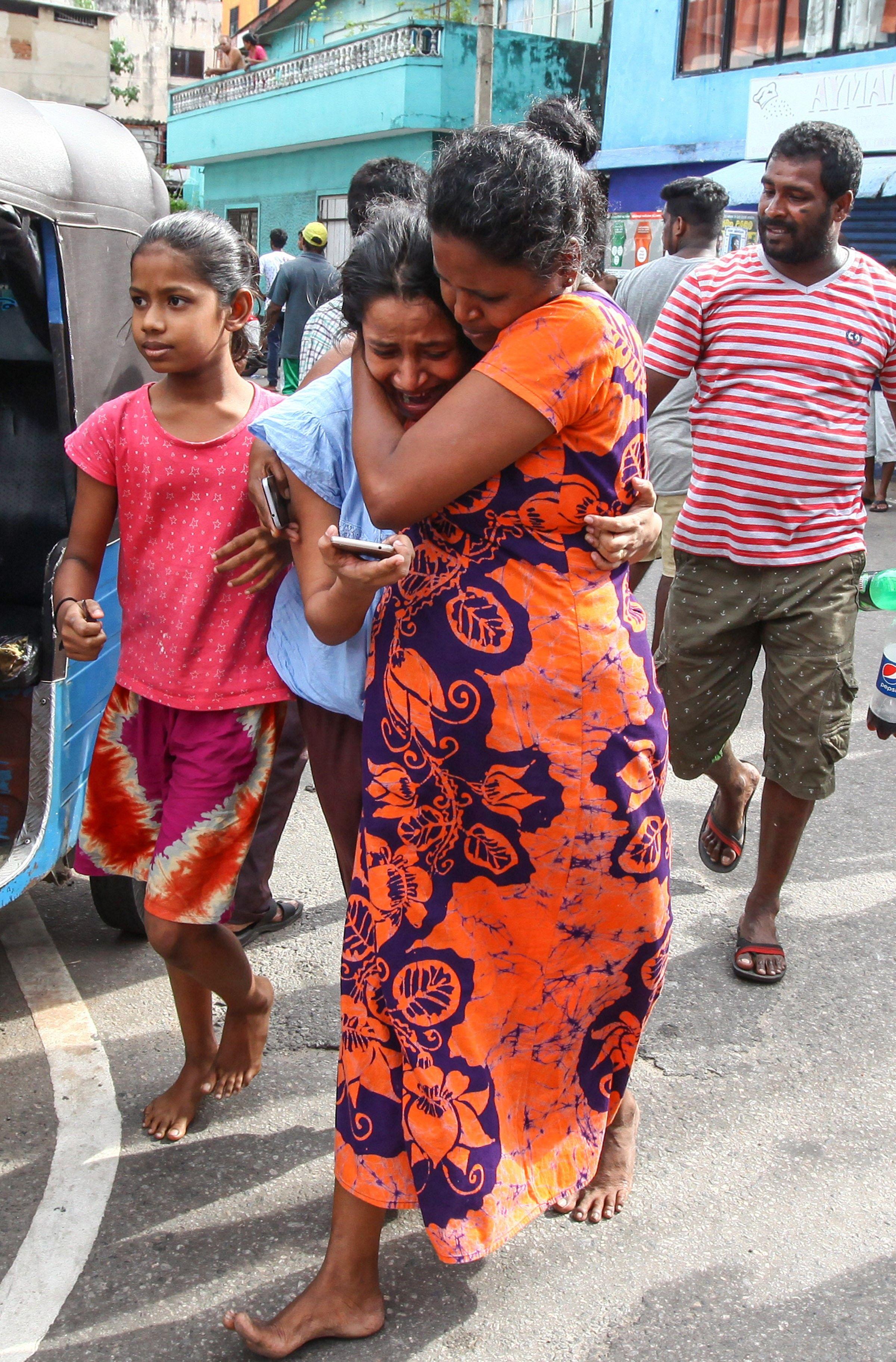 Teen girls in Sri Lanka