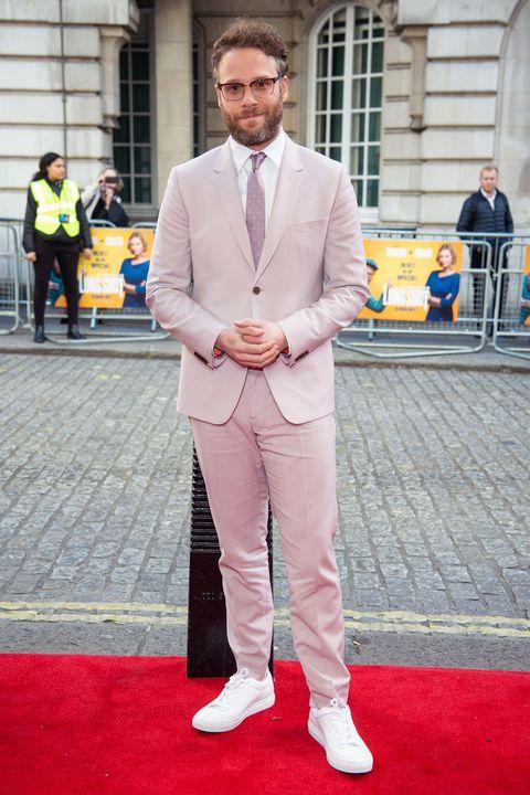 Suit, Red carpet, Fashion, Blazer, Street fashion, Carpet, Outerwear, Formal wear, Premiere, Pantsuit,