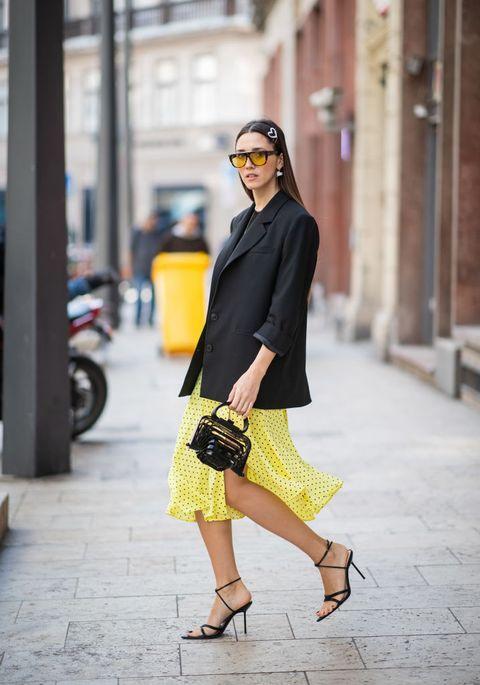 d20ab9921 Esta estilista ha llevado una falda de Zara (de 26 euros) y ha sido ...