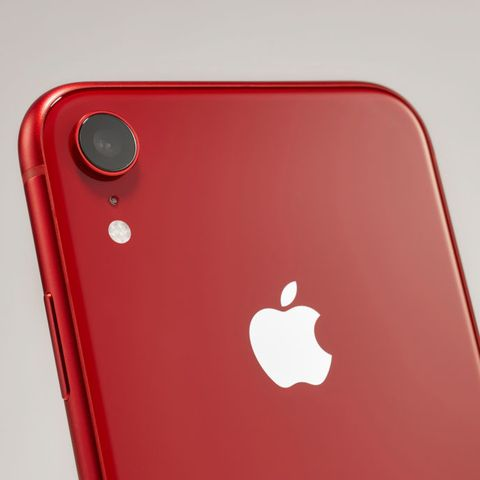 This massive phone sale is selling the iPhone XR for super cheap
