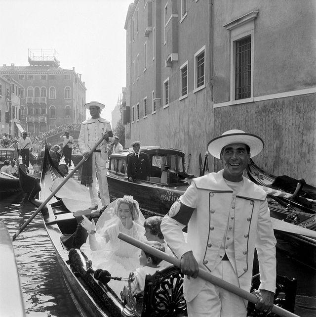 Gondola, Boat, Black-and-white, Waterway, Vehicle, Architecture, Watercraft, Monochrome, Photography, Stock photography,