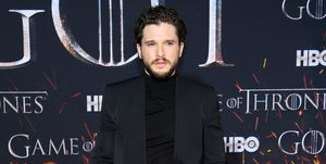 kit-harington-pikant-detail-opnames-game-of-thrones