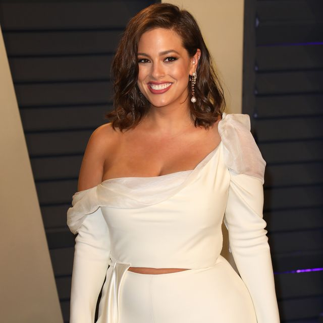 beverly hills, california   february 24 ashley graham attends the 2019 vanity fair oscar party hosted by radhika jones at wallis annenberg center for the performing arts on february 24, 2019 in beverly hills, california photo by tony barsonfilmmagic