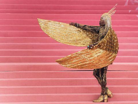 Pink, Bird, Beak, Wing, Metal, Feather,