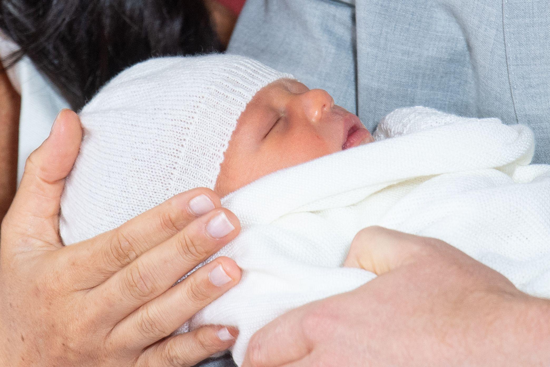 Ellen DeGeneres reveals baby Archie looks just like Prince Harry