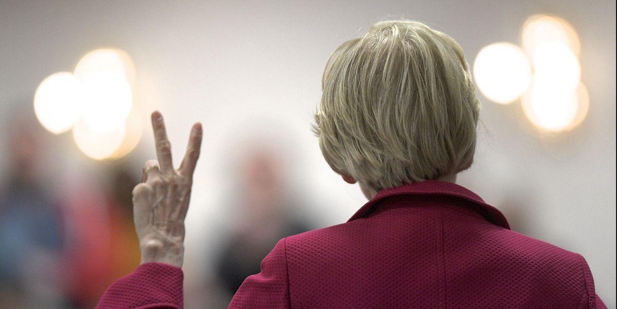 Elizabeth Warren Gave a 'Hard Pass' To Fox News in a Scorching Statement