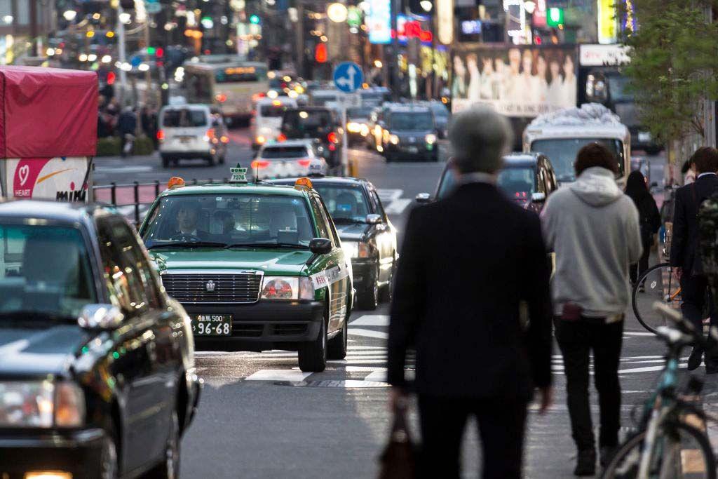 Riposini e riunioni in strada: i giapponesi usano il car sharing per tutto tranne che per guidare