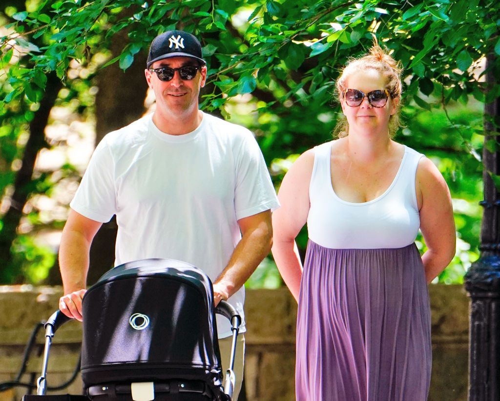 Amy Schumer's sassy response to being shamed - Instagram users criticise new mum on social media