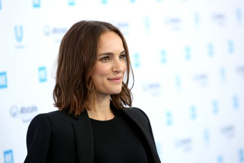 Natalie Portman S Hair Is Shorter Than It S Been In Years
