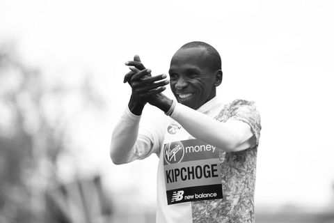 liefdevoorlopen, liefde voor lopen, hardlopen, runnersworld, Runner's World, runnersweb, kipchoge, eliud, wereldrecord, marathon, marathoner, snelste tijd, keniaan, keniaanse, prestatie, nieuws, poging, wereldnieuws, geschiedenis, wikipedia
