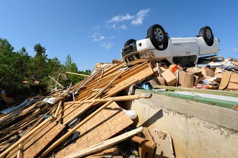 Wood, Roof, Scrap, Lumber, Vehicle, House, Metal,