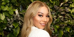 Waking Up With - Munroe Bergdorf