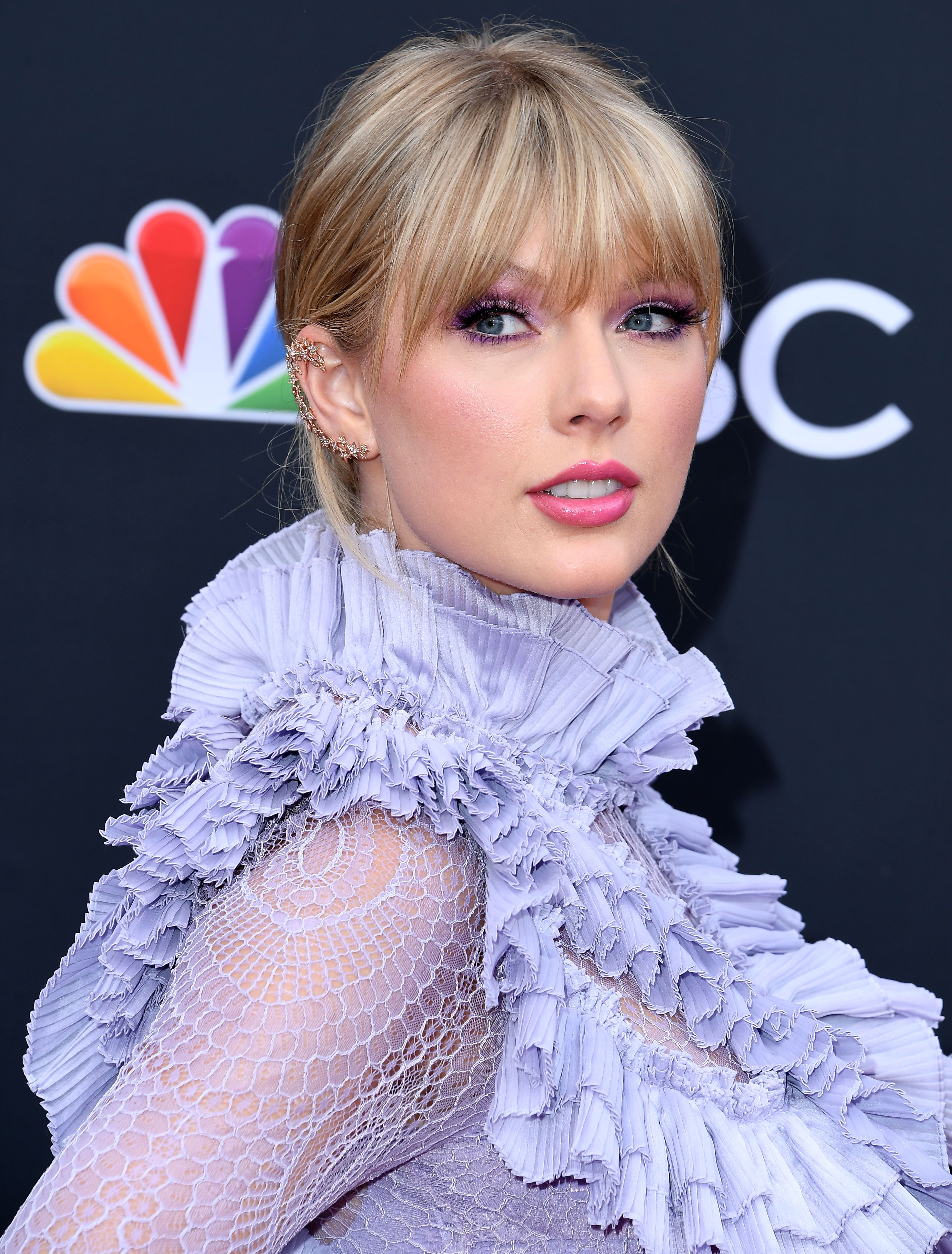 Taylor Swift FINALLY explains why she didn't support Hillary Clinton