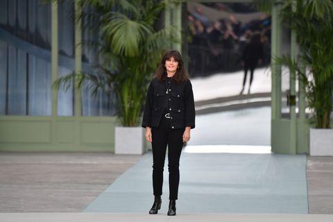 68b596535ca2 Chanel Resort 2020 - Virginie Viard Presents Her First Collection ...