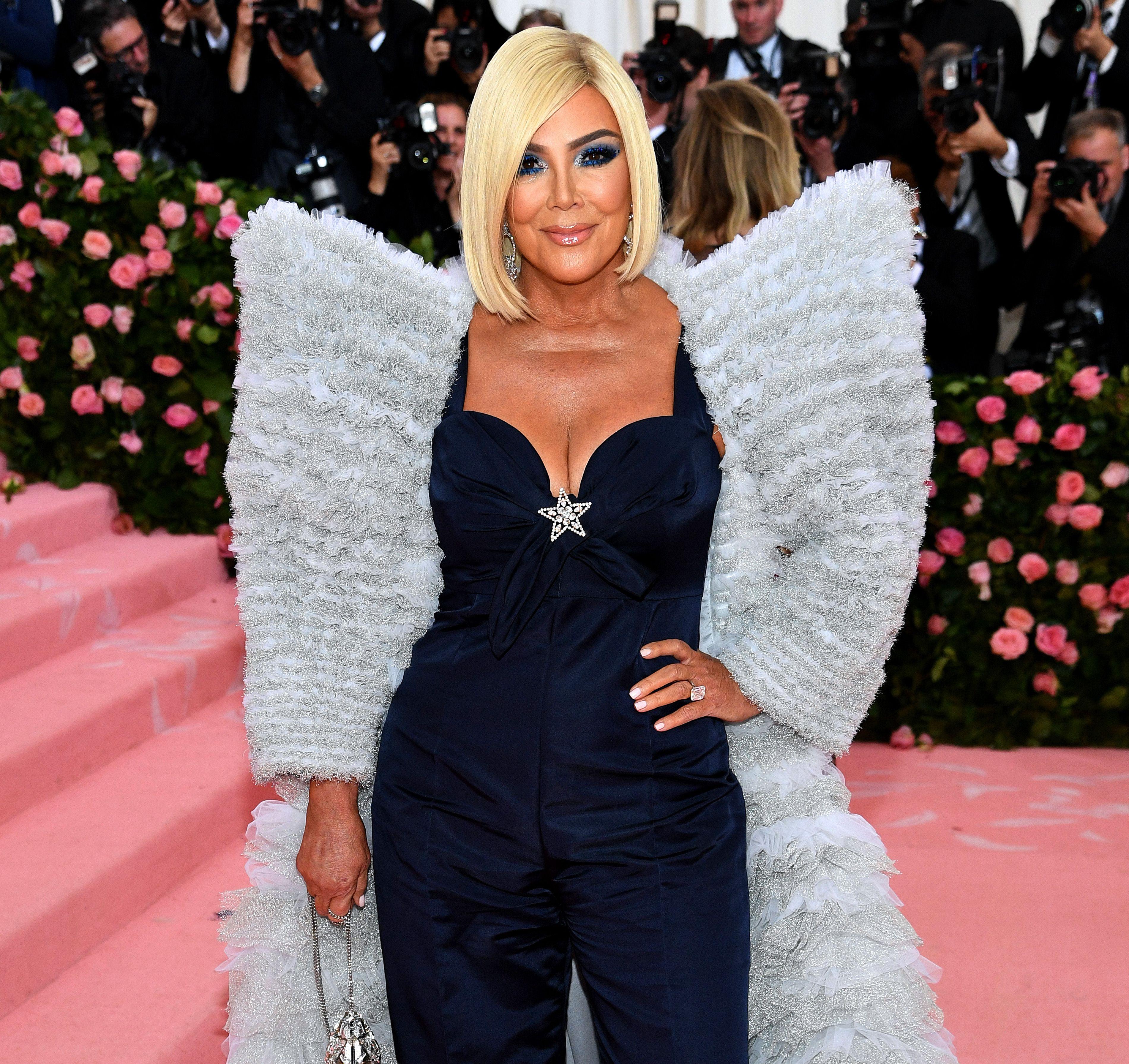 Damn, Kim Kardashian and Khloé Kardashian Completely Trashed Kris Jenner's Met Gala Look